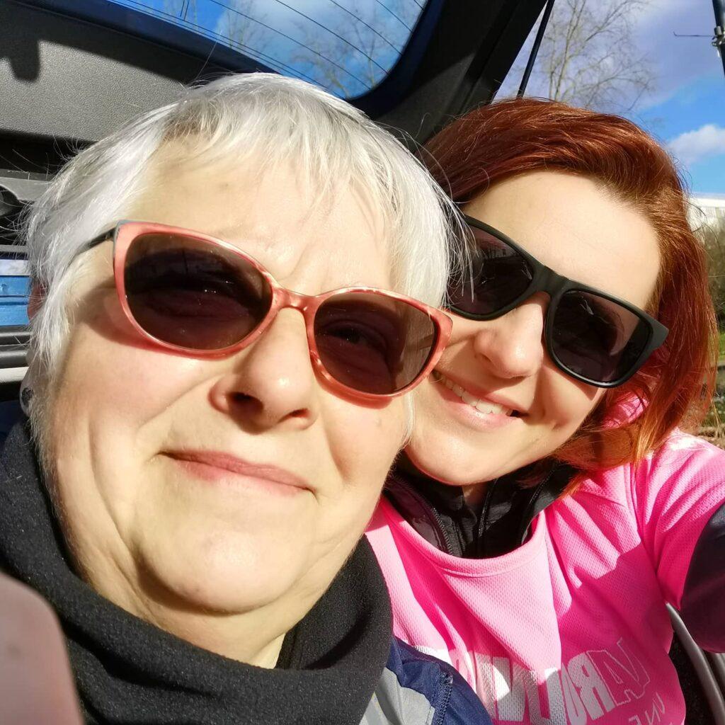 Voici une photo de la rolivaloise 2021 avec ma maman. 10km marche.